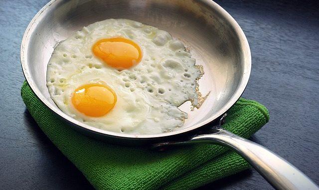jak-na-vysoky-cholesterol-pomoci-jidla