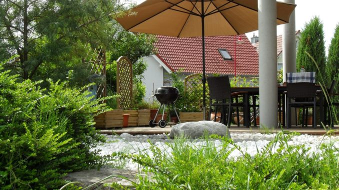 terrace-353870_1280