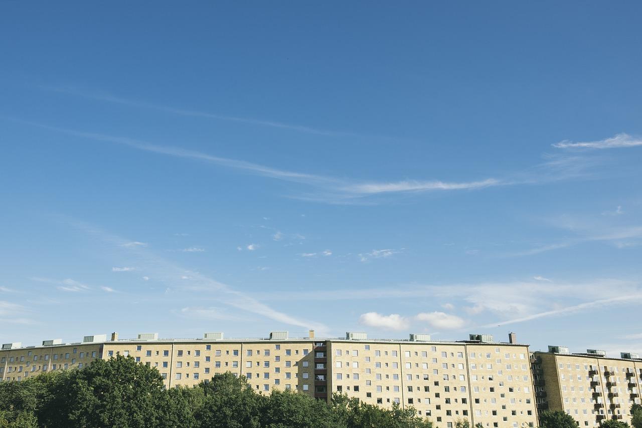 apartment-block-984248_1280