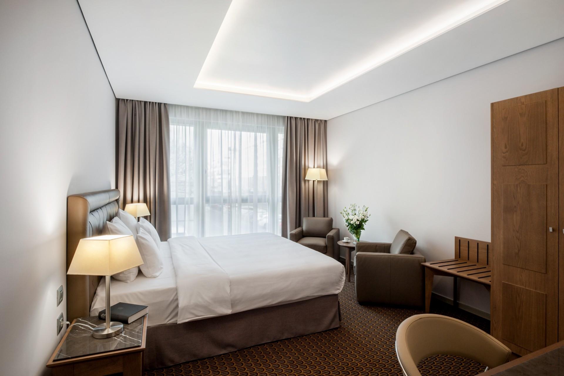 hotel-royal-prague-1-_1488461922_1920x1280_tt_90