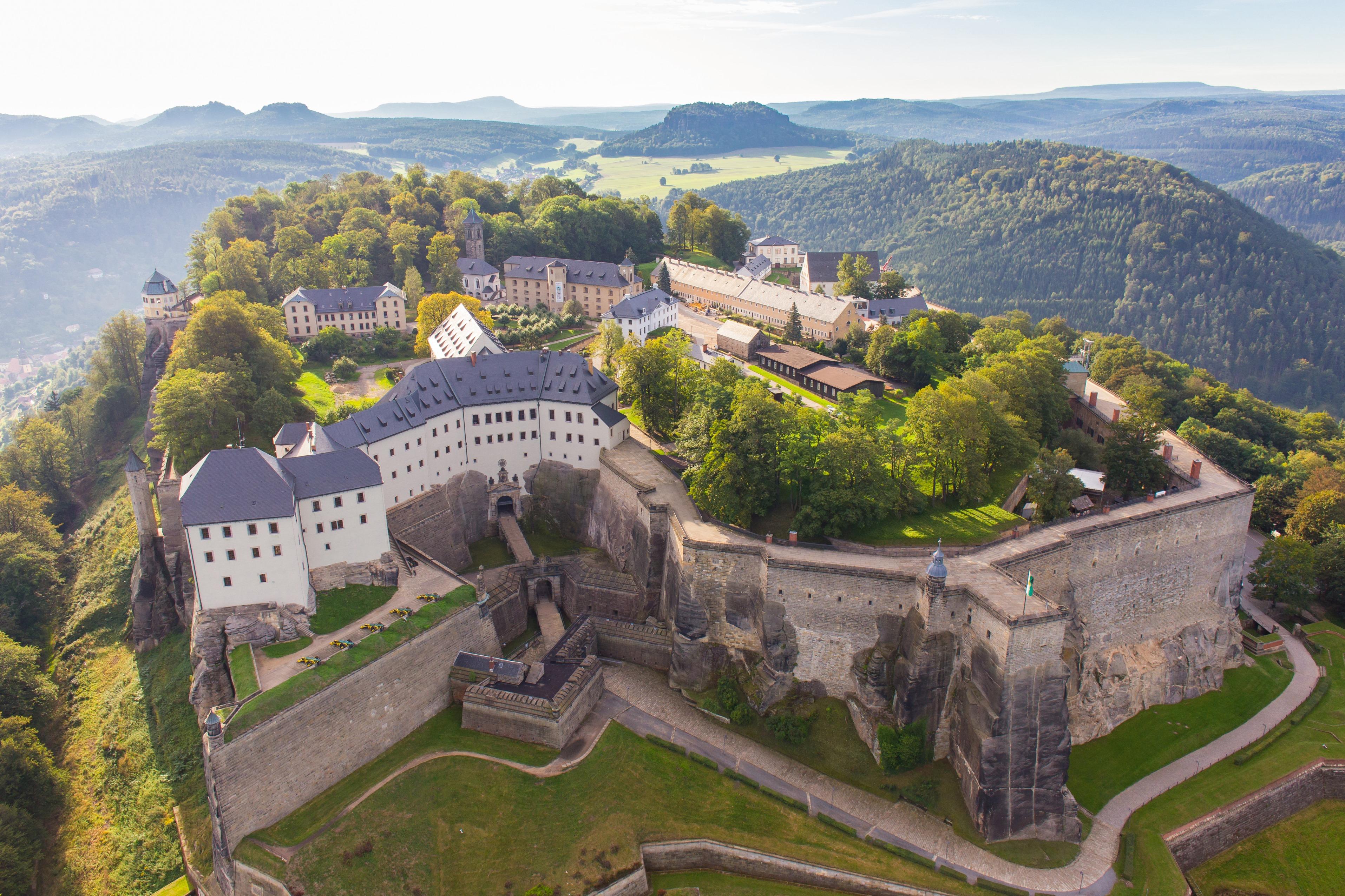 5-Festung_Koenigstein_-_Luftbild2_-_Foto_Frank_Lochau